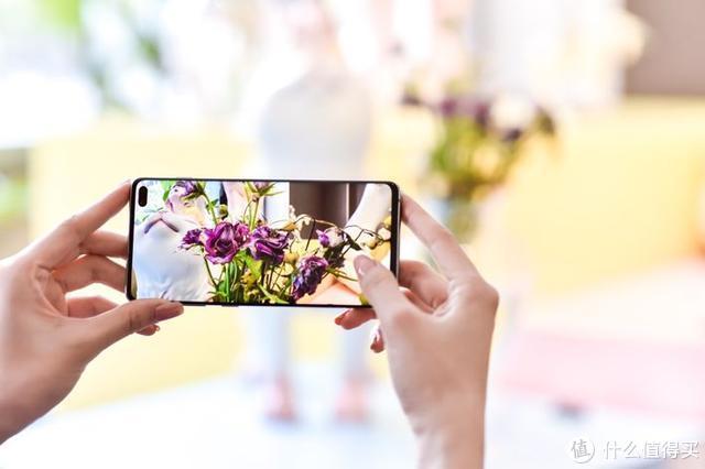 行业标杆,三星 Galaxy S10 系列开启旗舰拍照新玩法