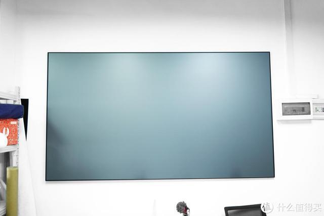 如何提升幕布的观影体验?酷领科技高端光学抗光幕安排一下