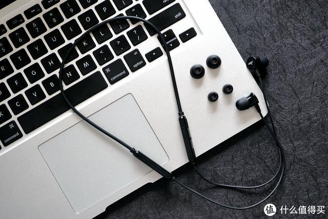 aigo W03蓝牙项圈耳机评测:百元价位首选,华为苹果小米均适用