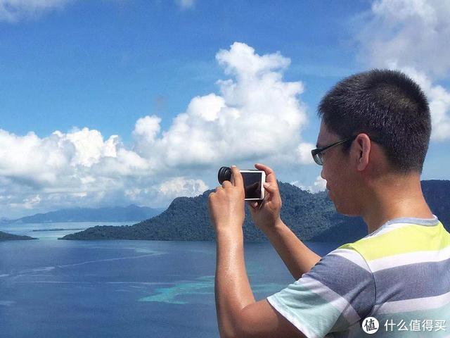 外出旅行时,适合带哪些摄影装备呢?