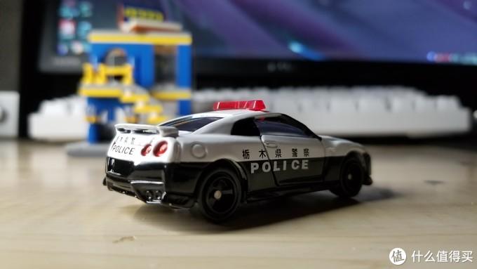 多美卡红白盒105号枥木县GTR35警车