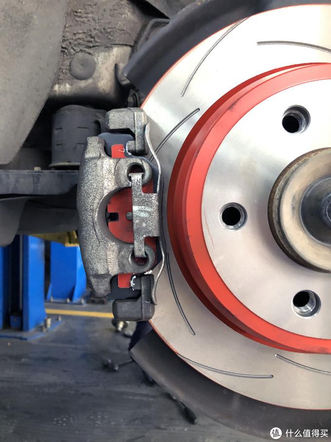 宝马3系更换刹车片&刹车盘—天合DF8049XSS+天合GDB1626DTE