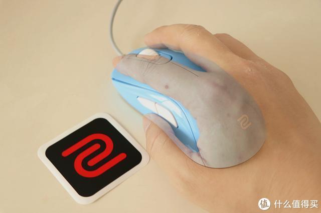 外观时尚性能给力的电竞鼠标——卓威奇亚S1 divina电竞鼠标