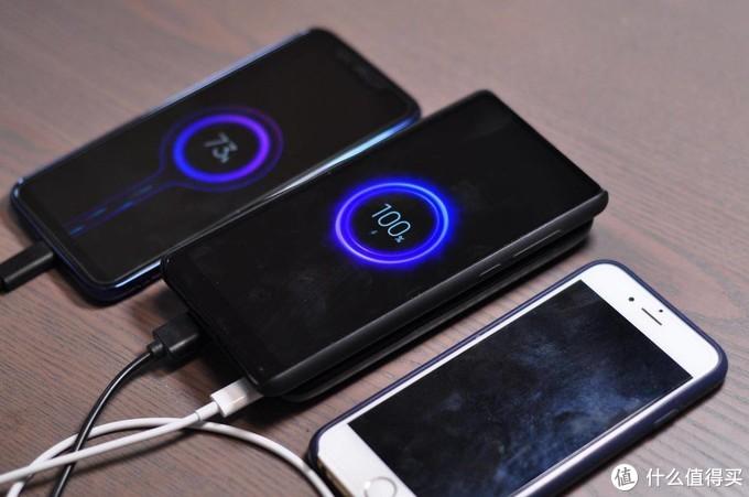 桌面便携两相宜,MOMAX POWER Q PRO无线充电宝使用体验