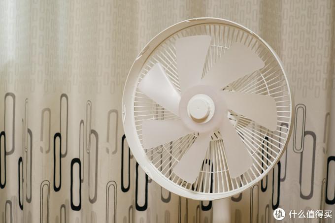 舒适、省电、智能、100档:米家直流变频落地扇1X
