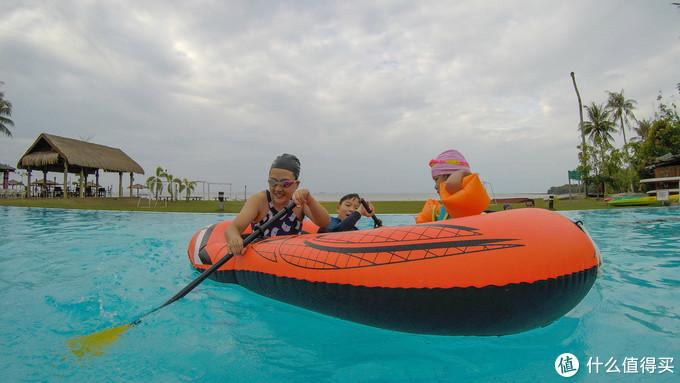 纳闽棕榈度假酒店泳池
