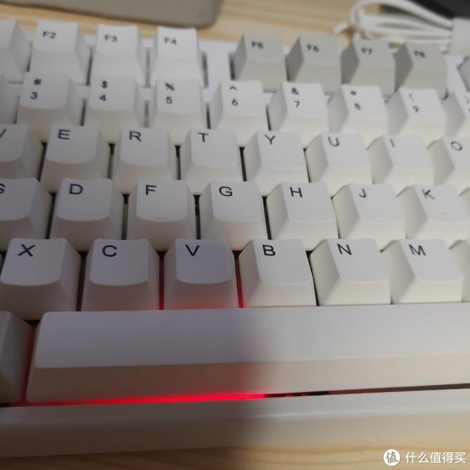 为了找到适配imac的性价比机械键盘,已经试了3只了