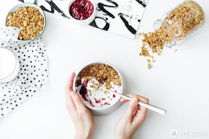 喝酸奶不交智商税,谁才是口感惊艳营养满分的选择?