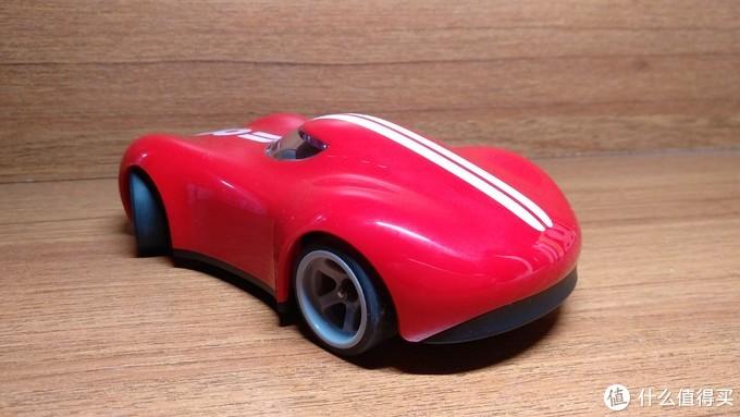 会漂移的红色8号小车车---野蛮娃娃P-201遥控跑车众测报告