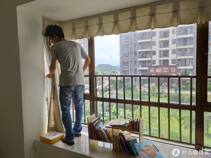 减少家庭纷争 智能生活好伴侣 绿米 Aqara 智能窗帘机