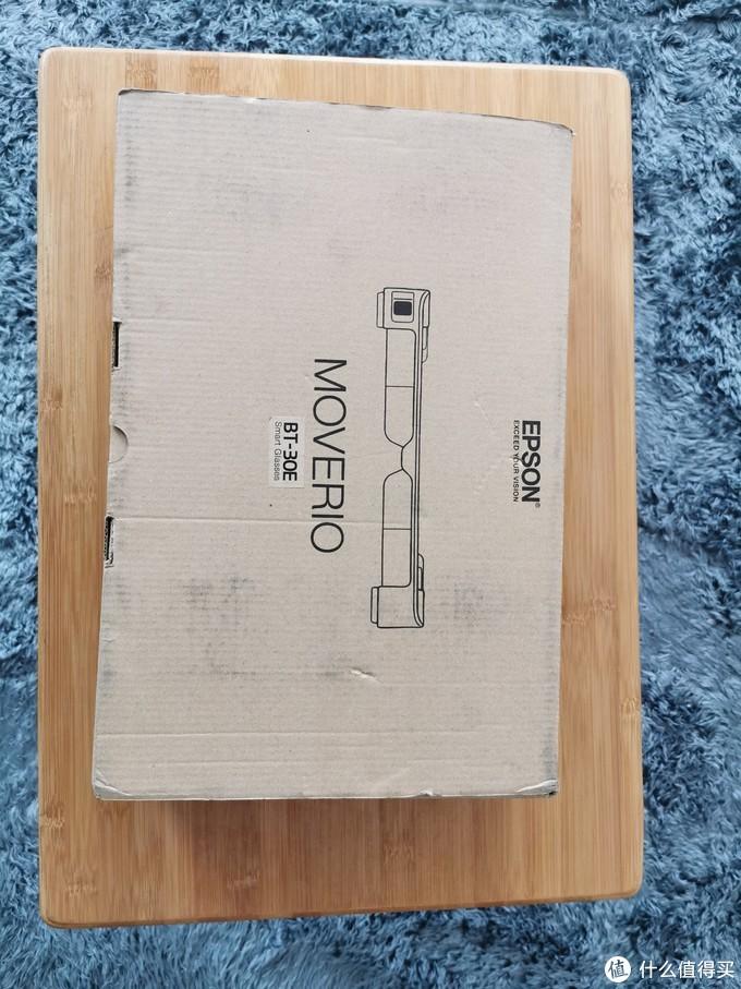 日本子亚马逊直邮,然后国内顺丰,盒子倒是没烂,但是有点黑锅底