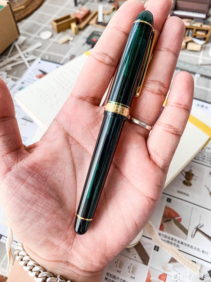 笔的尺寸感觉有些小,但用起来没什么问题