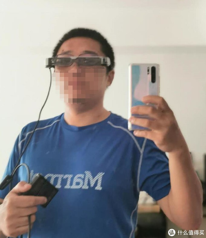 其实看着双叠镜有点怪异,但是戴着还是感觉可以,是高鼻梁设计可以佩戴