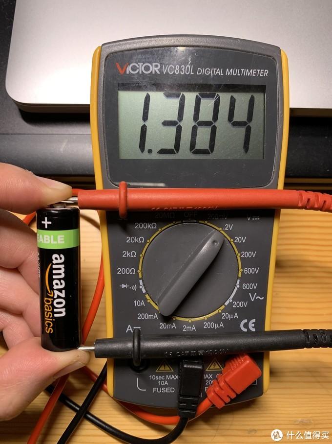 镍氢满电状态大约就1.38V的电压