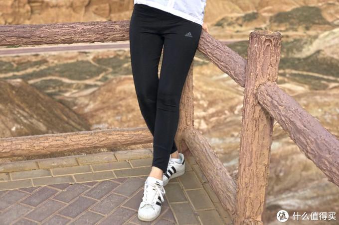 女式运动紧身裤横评 | 2XU、安德玛、阿迪、迪卡侬,谁是健身好伴侣?真人上身多图杀猫!