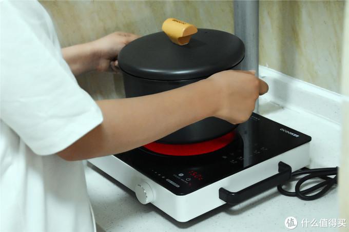 无涂层,小米生态链推出新品汤锅,精铁铸造,满足全家人需求!