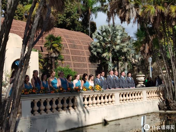 遇到当地的市民到这里来举办婚礼。