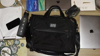 途明 Alpha系列 026110D2 男士商务休闲手提包使用总结(用料|收纳)