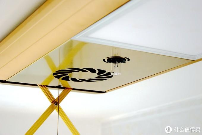 生活阳台装修升级!集晾晒杀菌风干照明于一体的HOROW电动晾衣架