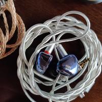 创新 it01s耳塞式耳机外观展示(材质|外壳|单元)