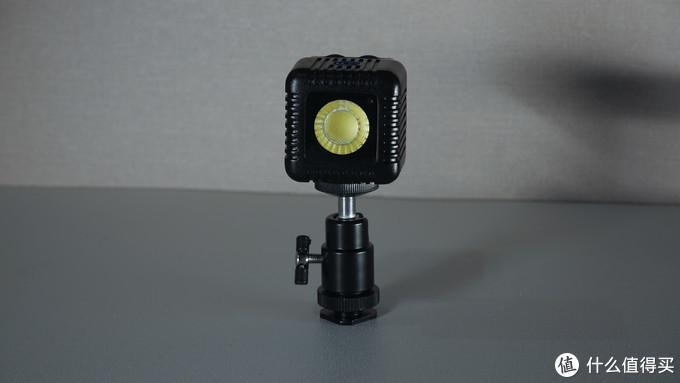 售价上千的手机补光灯——Lume Cube