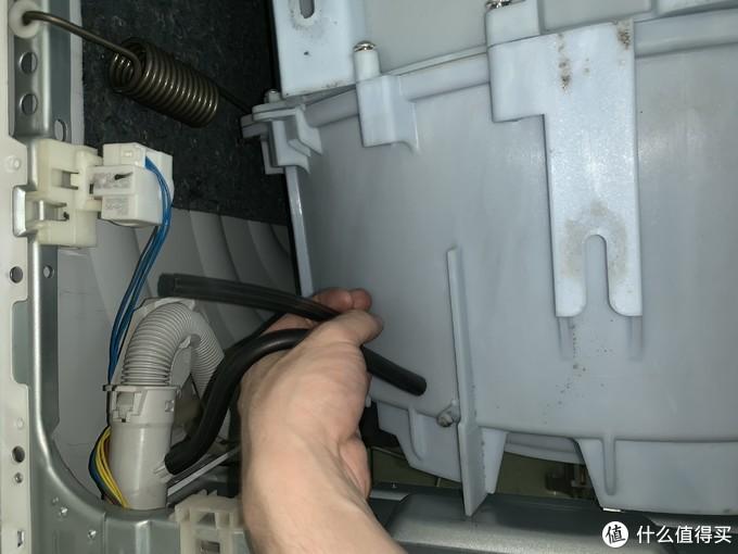 滚筒洗衣机拆机清洗指南