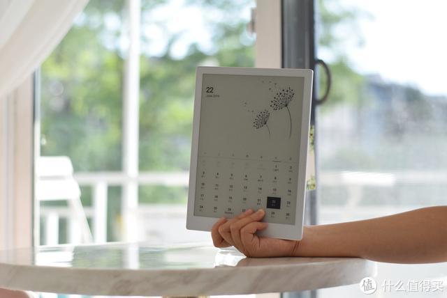 更轻、更薄、屏幕更大,小米生态链新品