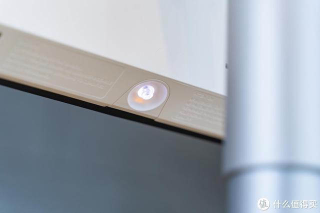 究竟多大的显示器适合4K分辨率,27寸还是32寸以上?