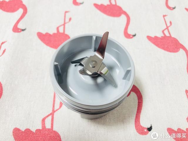 新鲜果汁随身携带,圈厨mini果汁机简直不要太优秀