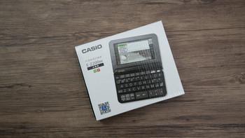 卡西欧 E-Z200BK 电子辞典外观展示(主体 按键 接口 脚垫 卡槽)
