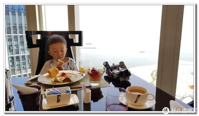 奢华而体贴的大连康莱德与金石滩希尔顿度假酒店