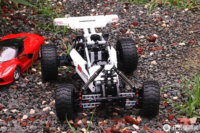 小米积木沙漠赛车:还原真车机械魅力 打造孩子的机械梦