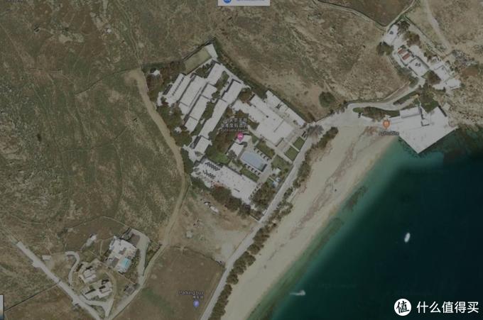 酒店卫星图,可以看到周边除了一个海滩旁边没什么可游玩的