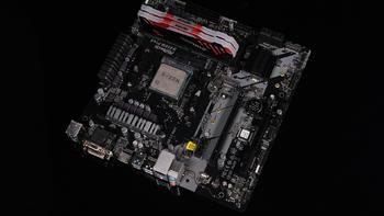 华擎B450M Pro4显卡外观展示(配色|芯片|接口|插槽)