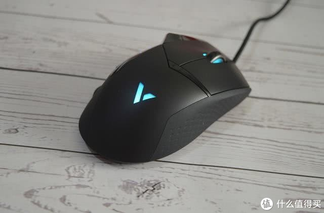 玩家的性价比优选之一-雷柏VT300S游戏鼠标体验