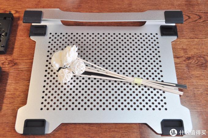 自带DIY属性的笔记本伴侣,ORICO散热支架体验