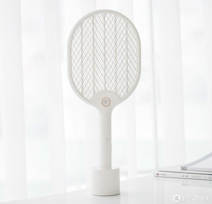 灭蚊效果哪家强,折叠电蚊拍对比评测:康铭和海纳斯
