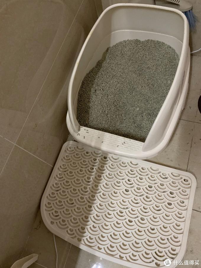 猫乐适 开放 猫砂盆 中 加 踏板 铲子组合 63京东入  猫乐适带盖的 大中两个尺寸都买过 挺不错的  但盖都懒得开 就直接开放式吧