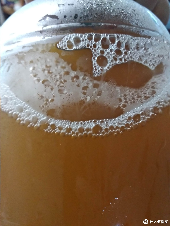借着嘌呤盛宴硬菜,试饮本地小厂出产崂山水酿造未过滤酵母啤酒小结