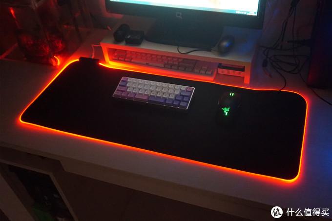 让你的桌面五彩斑斓—灵蛇P98 RGB鼠标垫测评体验