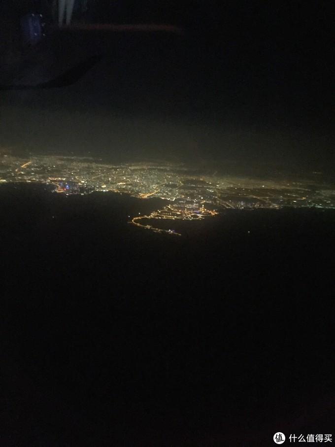 飞离夜晚的多哈