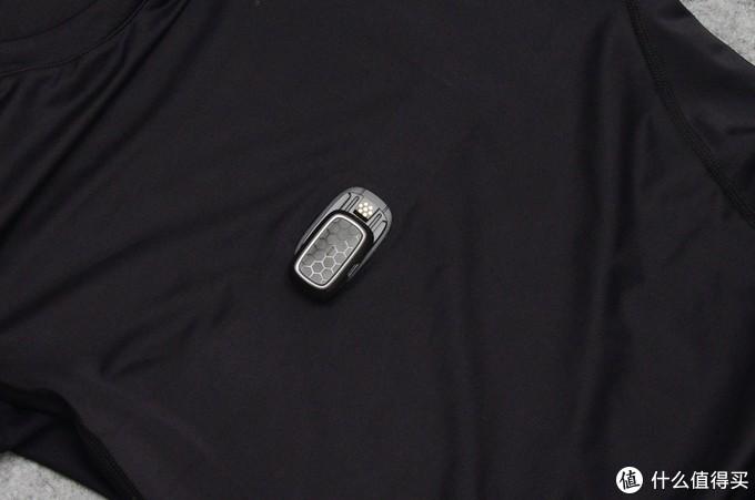 能测心率的智能压缩衣——ZENPH早风 智能运动衣