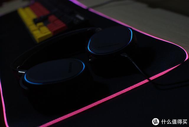 动静结合——桌面装饰新篇章赛睿RGB套装