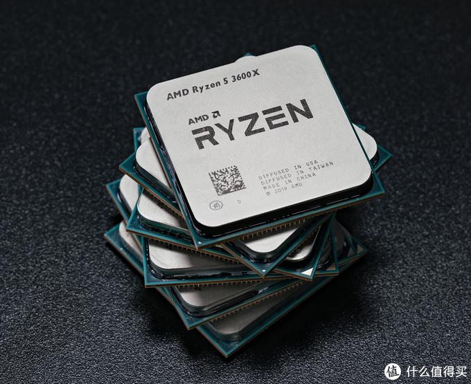 把Zen2 处理器叠起来会更有感觉