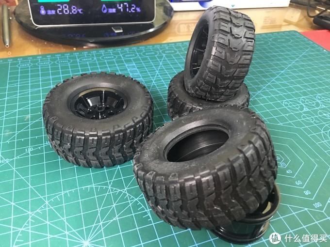 双规格高质素轮胎(上面的灰尘是遥控跑的)