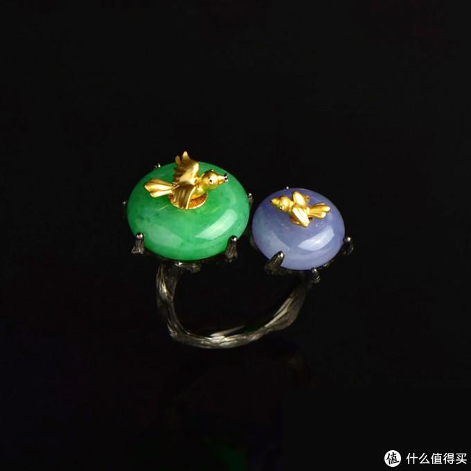 (翡翠平安扣戒指 图片来源于网络)