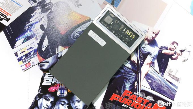 一款被低估的产品,充电平稳速度快——Block 01开窗式充电宝