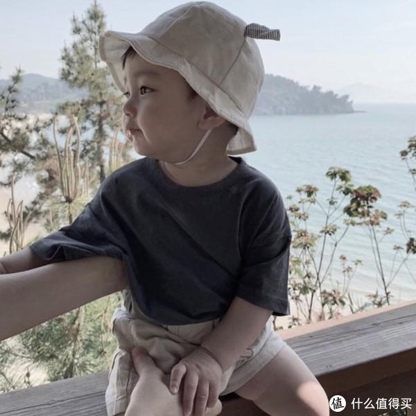 暑假出游,孩子这样穿好看又很萌