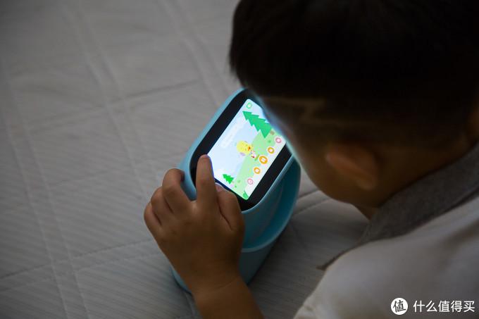 在玩耍中学习英语-杜丫丫AI智能英语早教机体验分享