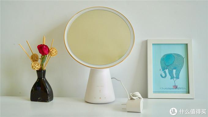 天猫精灵智能语音美妆镜,让你的妆容美出新高度!